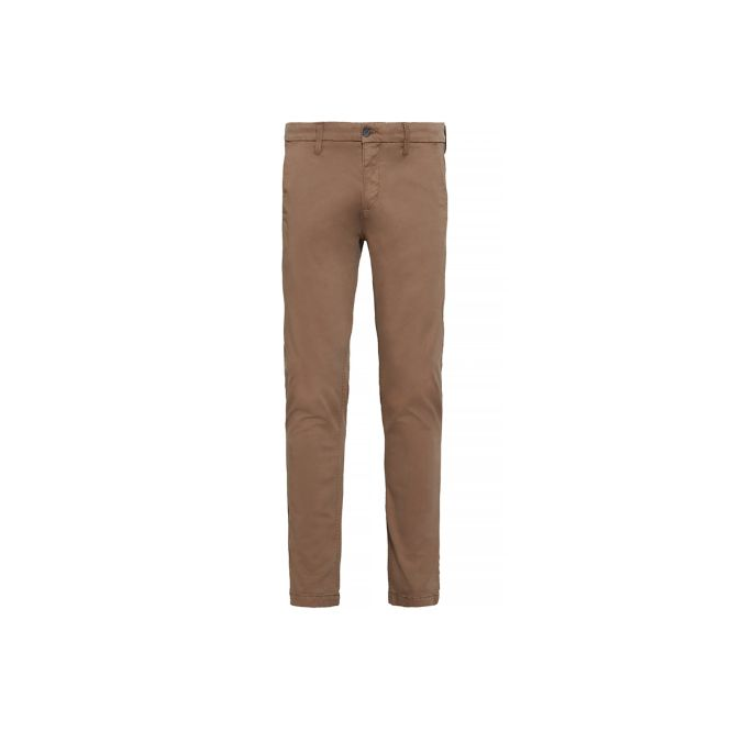 modern style official great deals Mens Sargent Lake Slim Chinos in Cub