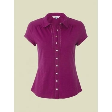 Womens Short Sleeved Good Day Shirt in Magenta