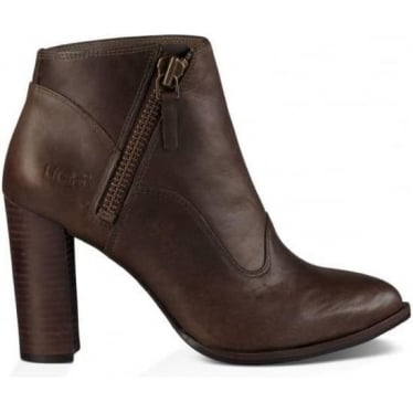 Womens Dolores Boots in Walnut