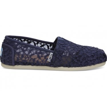 43ee4c405bd Womens Cadet Blue Lace Leaves Classic in Blue